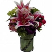 Mom Knows Best vase arrangement