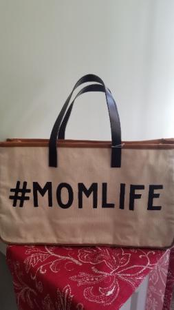 #Mom Life Tote Gift
