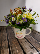 Mom mug arrangement