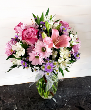Mom's #1 Exclusively at Mom & Pops in Ventura, CA | Mom And Pop Flower Shop