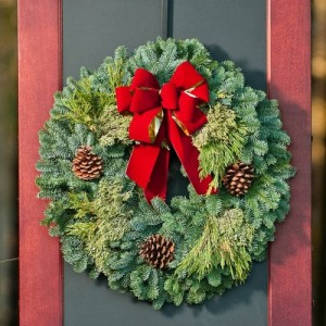 Mom's Christmas Wreaths  in Ventura, CA | Mom And Pop Flower Shop