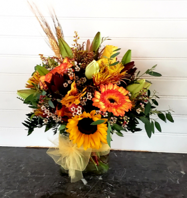 MOM'S FALL ARRANGEMENT #4 EXCLUSIVELY AT MOM & POPS