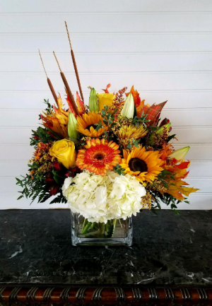 MOM'S FALL ARRANGEMENT #5 EXCLUSIVELY AT MOM & POPS in Ventura, CA | Mom And Pop Flower Shop