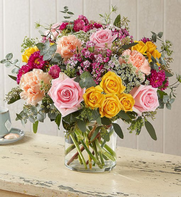 Garden Chic, Fresh From the Garden Best Blooms of the Day in a Lush Bouquet