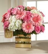 Mom's Love Bouquet by Hallmark HMAftd