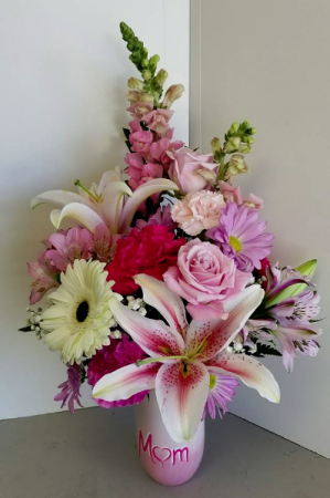Mom's Mix Fresh Vase