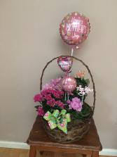 moms pink garden basket garden with pink balloons asst plants