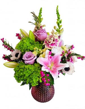 MOMS Poisies Fresh Vase in Fulton, NY | DeVine Designs By Gail