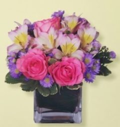 Mom's Pretty As You Please Special! Exclusively at Mom & Pops in Oxnard, CA | Mom and Pop Flower Shop