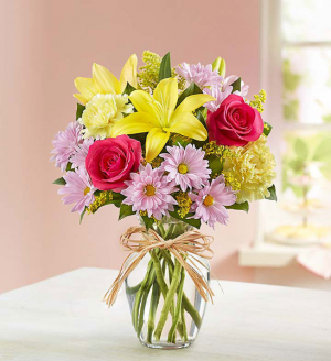 Mom's springtime celebration EXCLUSIVELY AT MOM & POPS in Ventura, CA | Mom And Pop Flower Shop