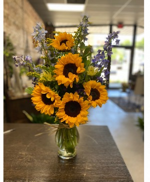 Dad's Sunny Disposition Vase in Beech Grove, IN | THE ROSEBUD FLOWERS & GIFTS