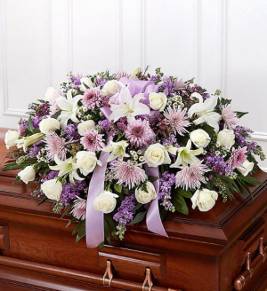 MOM'S WHITE & LAVENDER HALF CASKET Exclusively at Mom & Pops in Oxnard, CA | Mom and Pop Flower Shop
