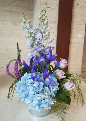 Moody Blue's Arrangement in Charlotte, NC | FLOWERS PLUS