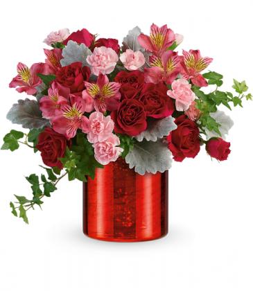 Moonstruck Mercury Bouquet All-Around Floral Arrangement