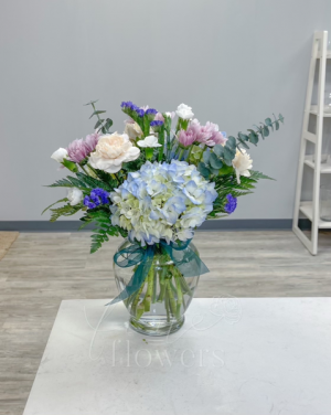 Morgan Vase Arrangement in Middletown, NJ | Fine Flowers