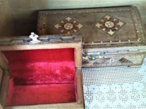 Mosaic jewelry box  in Wiscasset, ME | WATER LILY FLOWERS AND GIFTS