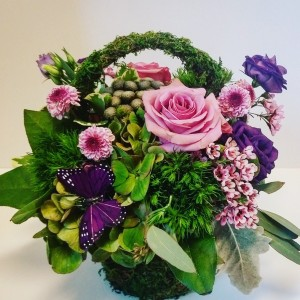 Moss basket  in Northport, NY | Hengstenberg's Florist