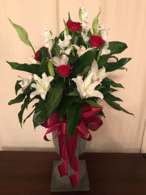 Most Memorable Peace Lily Plant With Fresh Cut Flowers