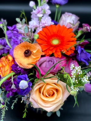 Mother's Day Designer's Choice Beautiful Blooms in Cross Plains, WI | The Cosmic Gardens