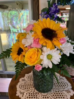 Designer's Choice Fresh Vase  in Benton, KY | Woods Enchanted Florist