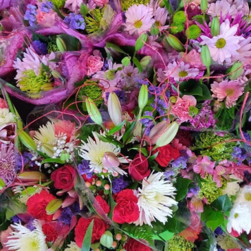 Designers Choice Floral Arrangment All Types
