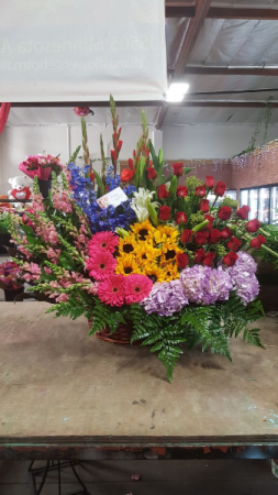 MOTHERS DAY MIXED BASKET