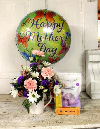 Mother's Day Mug Bouquet + sanitizer & bath bombs