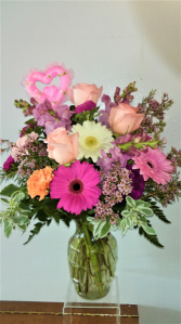 MOTHERS DAY SPECIAL NO 5 ROSES, SNAPDRAGONS, GERBERAS