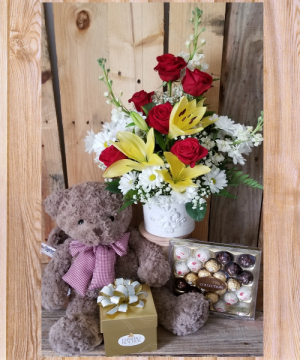 Mothers Day Special Package special in Paris, KY | Chasing Lilies Floral