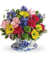 Mother's Day Tea cup Arrangement