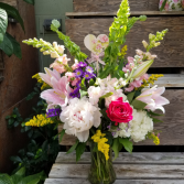 Mother's Grandeur Bouquet MD6