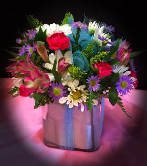 Present Floral Cube   in Fowlerville, MI | ALETA'S FLOWER SHOP