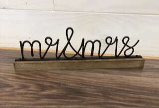 Mr and Mrs Word and wire rustic 12 x 3.5