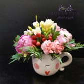 Mrs.Mugsbie Vase Arrangement