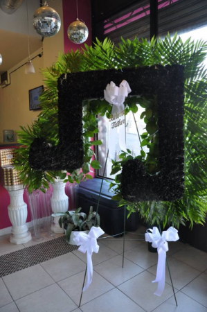 Musical Note - Funeral Flowers Custom Funeral Flower For Musician in Bronx, NY | Bella's Flower Shop