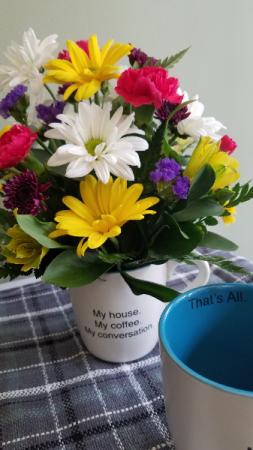 Coffee, tea, or flowers please! Fresh Flowers
