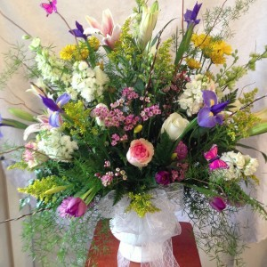 High End Design-My garden of love Fresh garden style floral design