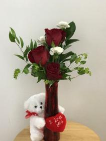 My Hug Bud vase arrangement