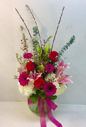 Vibrant Pink Garden Vase  in Troy, MI | DELLA'S MAPLE LANE FLORIST