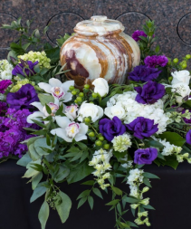 My Precious Heart Wreath Urn