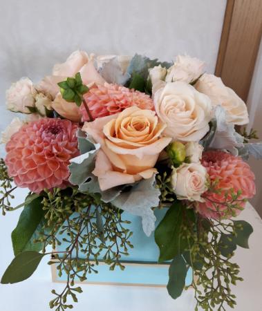 My Sweet Peach  Gift Box Arrangement