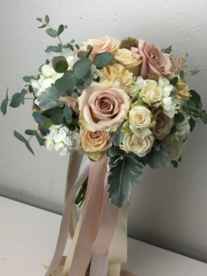 Natural and Blush Bridal or Brides Maid Bouquet in North Bend, OR | PETAL TO THE METAL FLOWERS