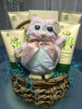 """Natural"" Baby- Girl gift basket small"