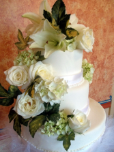 Natural Beauty Cake Flowers