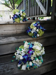 Natural Blues Wedding Wedding in Hutchinson, MN | CROW RIVER FLORAL & GIFTS