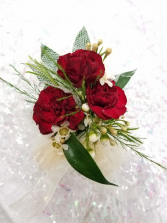 Natural Greenery Carnation Wrist Corsage