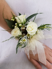 Natural Greenery Wrist Corsage