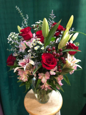 Naturally Yours Vased Arrangement in Bristol, VT | Scentsations Flowers & Gifts