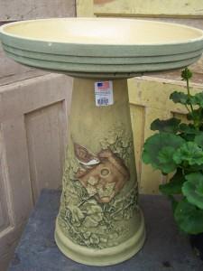 Nesting Wren Bird bath Gift ware
