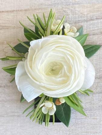 No Pin Ranunculus Boutonniere